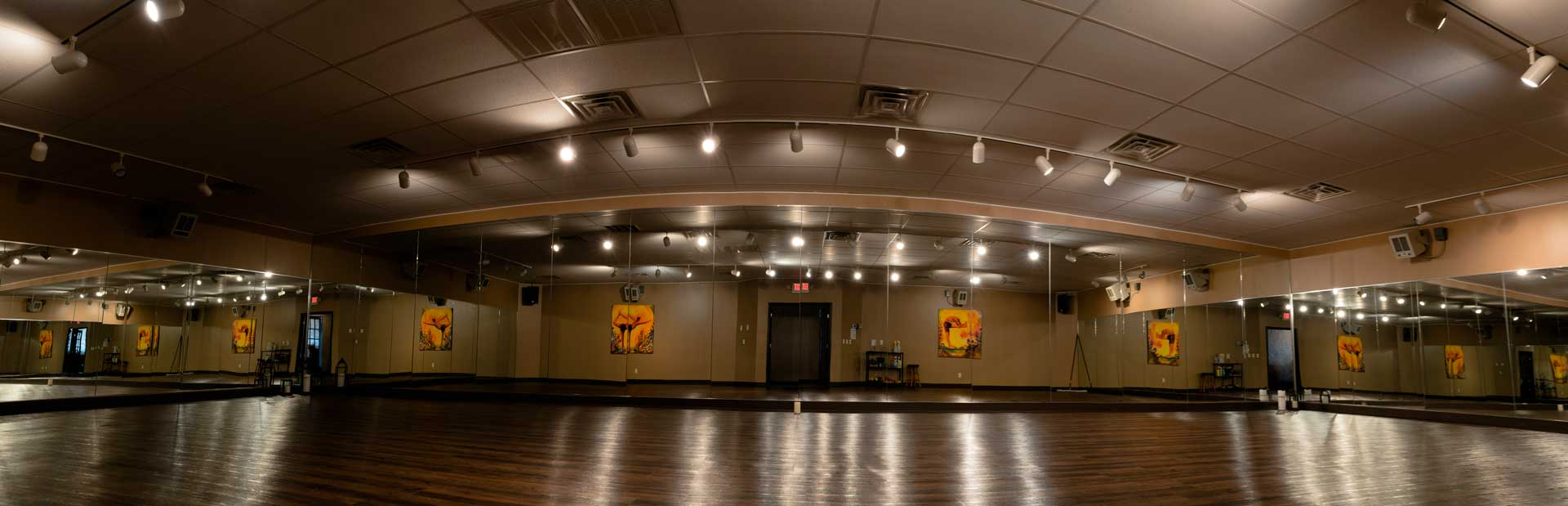 Picture of the yoga studio at Sumits Hot Yoga in Springfield, MO